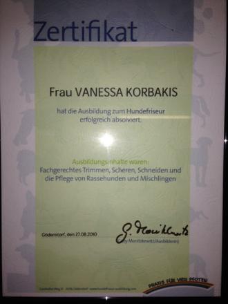 Im August 2010 habe ich bei Gaby Monitzkewitz die Professionelle Ausbildung zum Hundefriseur/Groomer erfolgreich absolviert